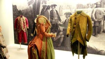 Museo del traje, disfruta con estilo.