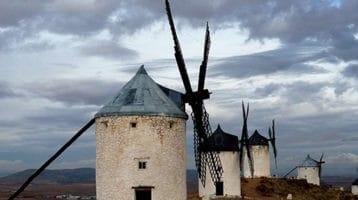 Molinos de Viento y Castillo de Consuegra