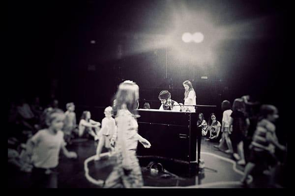 concierto-de-piano-para-ninos-a-los-que-le-gusta-el-piano